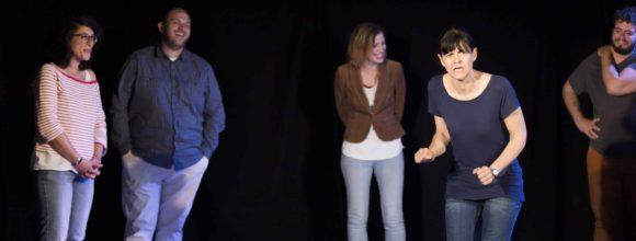 Cours de théâtre - Improvisation - Théâtre - Marseille - Art Dû - 13006 - Salle de spectacle - Humour - Comédie - Stand up-min