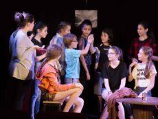 Cours de théâtre - pré ados - Théâtre - Marseille - Art Dû - 13006 - Salle de spectacle - Humour - Comédie - Stand up-min